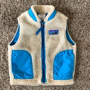 Patagonia vest 18 mo in perfect condition
